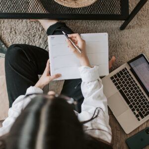 """TOEFL IBT®"" online exam preparation course, osoba ucząca się na egzamin TOEFL IBTreparation course"
